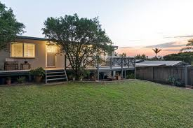 17 page parade burleigh heads qld 4220 house for sale ray