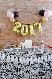 New Years Decorations Ideas 2016 by 5 Easy New Year U0027s Eve Party Ideas