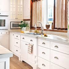 cuisine evier en é installer un évier de cuisine en é décoration et