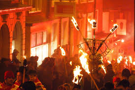 Celebration In Uk Fawkes Day Celebrations In And America On