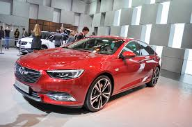 2017 opel insignia grand sport revealed