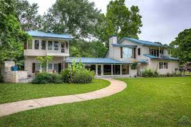Peninsula Overhead Doors by Homes For Sale In Whitehouse Tx Era The Property Shoppe Tyler