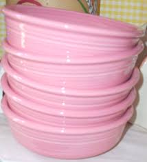 pink fiestaware pink bowls www jazzejunque a must for samm if i can find