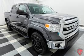 toyota tundra crewmax 2016 used toyota tundra crewmax 5 7l v8 at cosmo motors serving