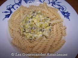 comment cuisiner un poireau les gourmandes astucieuses cuisine végétarienne bio saine et