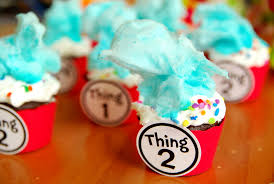 dr seuss cupcakes dr seuss thing 1 thing 2 cupcakes