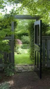 Types Of Garden Fences - the 25 best different types of fences ideas on pinterest garden