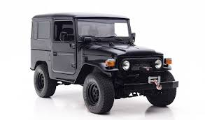 jeep white matte east coast defender