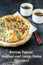 cara membuat pancake kimchi korean seafood and green onion pancakes haemul pajeon my korean