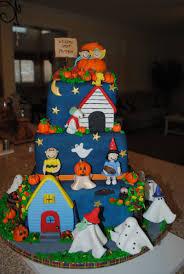 halloween cake ideas pinterest great pumpkin cake snoopy halloween cake brady would go nuts