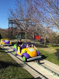 How Much Is It To Get Into Six Flags Six Flags New England April 2016