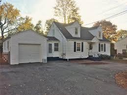 ri homes for sale with inlaw apartment 84 new york av warwick ri 02888