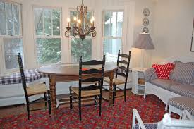 casual dining room decorating ideas photos hgtv casual dining room with window seat loversiq
