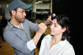 Makeup Classes In New York Makeup Classes In New York טרולי