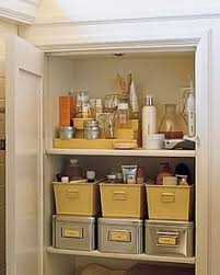 Organize Bathroom Cabinet by Previous Pinner I Love The Use Of The Baskets Plus The Drawer