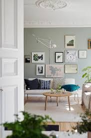 wohnzimmer ideen wandgestaltung lila haus renovierung mit modernem innenarchitektur ehrfürchtiges