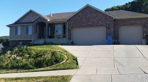 just listed 4 bed 3 ba 3 car garage basement home in