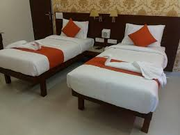 hotel zinc by hummingbird gurgaon india booking com