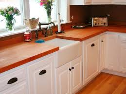 kitchen cabinets hardware ideas what color hardware for oak cabinets what color knobs for cherry