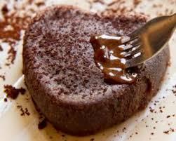 cuisiner pour une personne recette de gâteau au chocolat express au micro ondes pour 1 personne