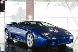 lamborghini diablo msrp lamborghini models pricing mpg and ratings cars com