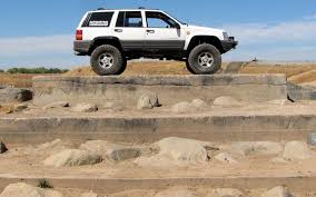 jeep grand cherokee prerunner jeep grand cherokee 4x4 project zj part 33 climbing obstacles