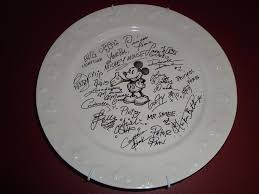autograph plate cutest idea for getting a souvenir signed on a disney cruise i