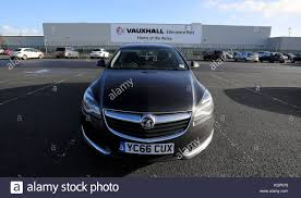 vauxhall vectra 2017 vauxhall car plant stock photos u0026 vauxhall car plant stock images