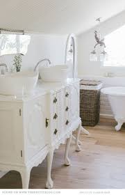 Stand Alone Vanity 29 Vintage And Shabby Chic Vanities For Your Bathroom Digsdigs