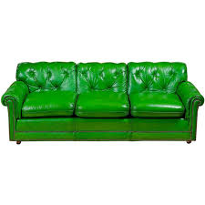 Leather Sofas For Sale by Best 25 Green Leather Sofa Ideas On Pinterest Green Leather