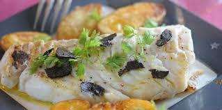 cuisiner un dos de cabillaud dos de cabillaud aux truffes et rattes confites facile recette
