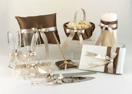 wedding gift suggestions these out of the box wedding gift ideas