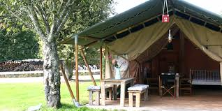 wooden tent safaritenten we sell safari tents with wooden frame and poles