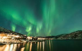 the best places to spend tromso northern lights and