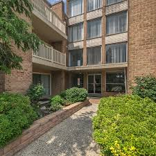 One Bedroom Apartments In Philadelphia Pa St Regis Apartments Located In Philadelphia Pa 19115