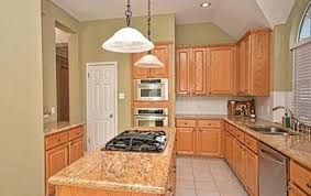 What Color To Paint Kitchen by What Color To Paint Cabinets And Walls For Tan Granite U0026 Light Tan Til