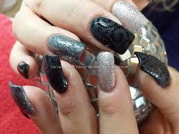 silver deep red floral design nail art tutorial youtube más de 30