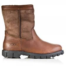 s ugg boots ugg brown beacon s boot from daniel footwear uk