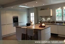 photo de cuisine avec ilot 10 exemples de cuisines avec îlot iterroir