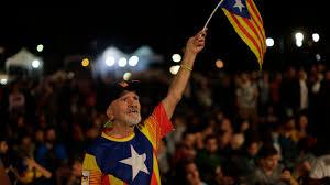 fast 900 verletzte in katalonien 90 prozent stimmen illegal für