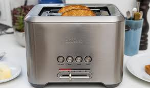 Two Slice Toaster Reviews Breville Bta720xl The Bit More 2 Slice Toaster Review Amz