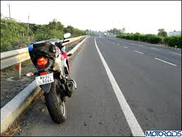 cbr bike on road price top 5 motorcycles for touring which are priced below inr 3 lakh