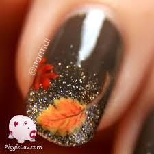 piggieluv fall nail art autumn leaves on glitter gradient
