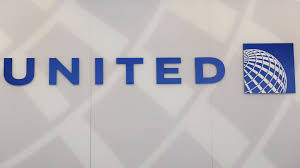United Airlines Checked Bags United U0027s Ceo Turns Contrite As Fallout Spreads From Passenger
