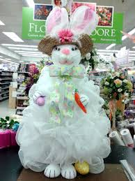 deco mesh bunny designed by raelene a c moore dover de moore