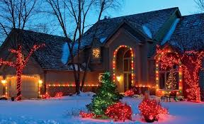 creative ideas on where u0026 how to hang christmas lights
