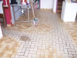 peinture sol cuisine peindre carrelage sol cuisine 4 peinture pour salle de bain tout