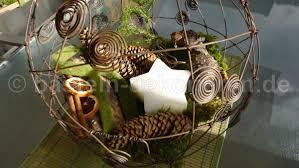 Ideen Aus Holz Fur Den Garten Zierbrunnen Garten Holz