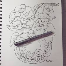 Vase Drawing Pencil Shading Of Flower Vase Drawing Flowers In A Vase Youtube