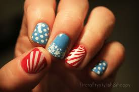 fit crafty stylish and happy patriotic nails